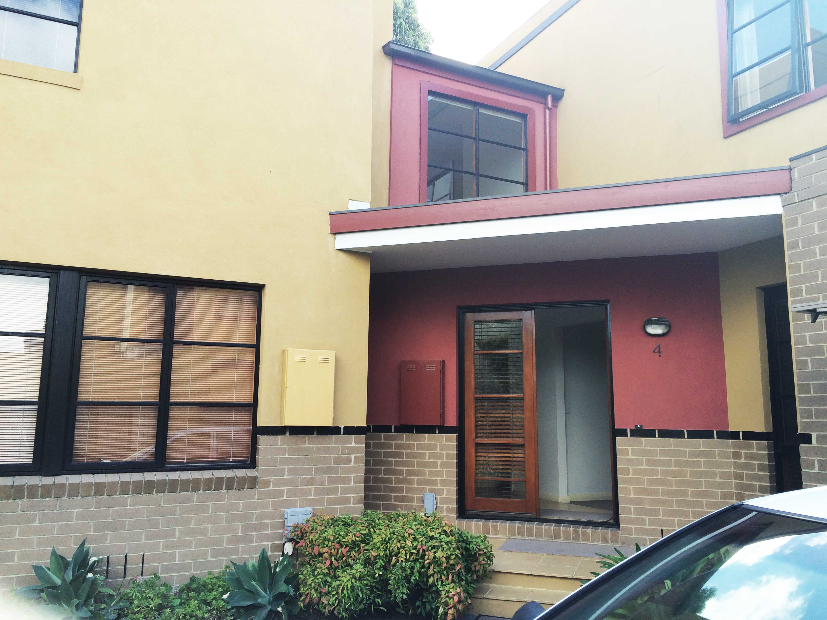ivanhoe single parents Hotel ivanhoe is located in monti,  hotel ivanhoe, rome (italy) deals  this small single room features air conditioning, .