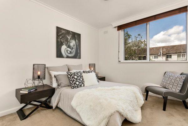 17-26 Toorak Rd West South Yarra bedroom